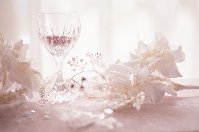 ワイングラスとアクセサリー
