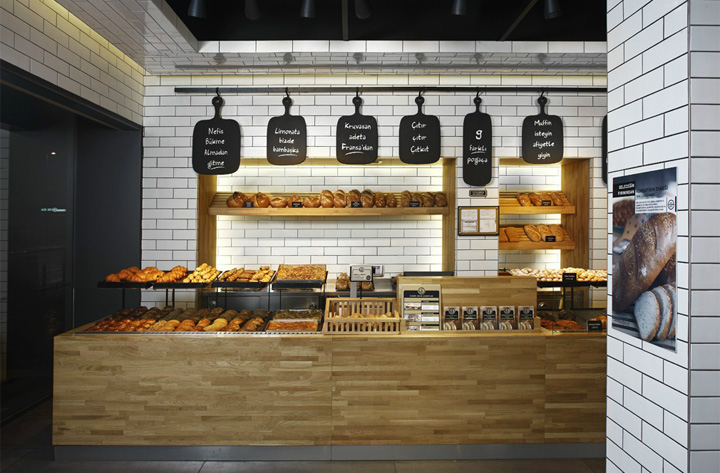 黒板のあるカフェ