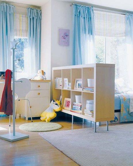 間仕切りされた子供部屋