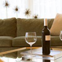 ワインとグラス